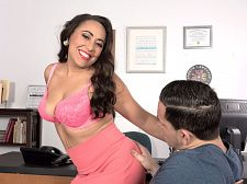 Gabriella Sky's remarkable oral stimulation skills