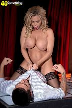 Busty Mother I'D LIKE TO FUCK sexy dancer Amber Lynn suggests extras